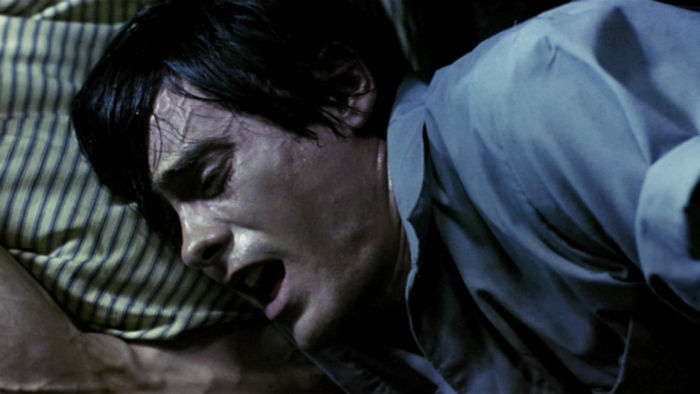 5fcb16bd88ac0cfac1655978d95c2d03 w700 - ترسناک ترین فیلم های خارج از ژانر وحشت تاریخ سینما را بشناسید