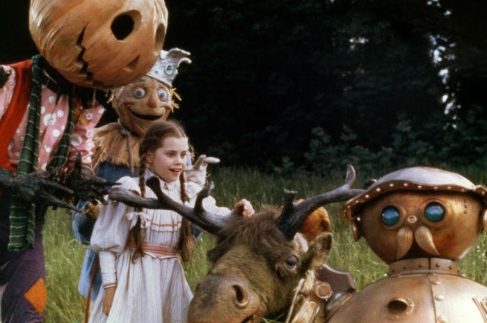 return to oz w700 - ترسناک ترین فیلم های خارج از ژانر وحشت تاریخ سینما را بشناسید
