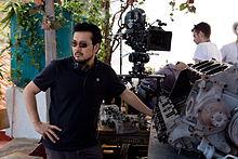 Justin Lin on Fast and Furios 6 set Canary Islands - کارگردان مجموعه «سریع و خشن» به عنوان کارگردان «سفر ستارهای» معرفی شد