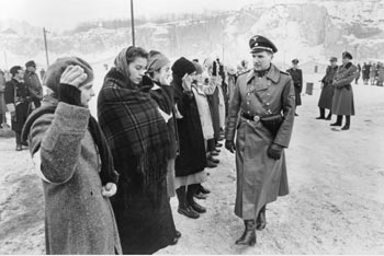 sch (2) - نقد فیلم Schindler's List (فهرست شیندلر)
