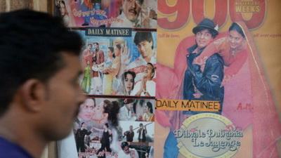 150219161054 popular bollywood hindi film dilwale dulhania le jayenge  512x288 reuters nocredit - پایان اکران فیلمی که به مدت 20 سال در بالیوود نمایش داده می شد