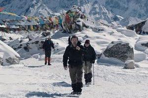 Everest4 300x200 - نقد فیلم Everest (اورست)