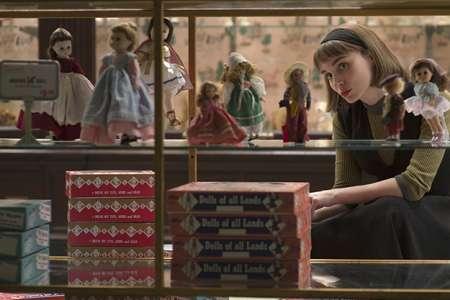 abbf0ea47c8311960b51efaceb8eeb8a M - 20 فیلم برتر سال از نگاه مجله فیلم کامنت