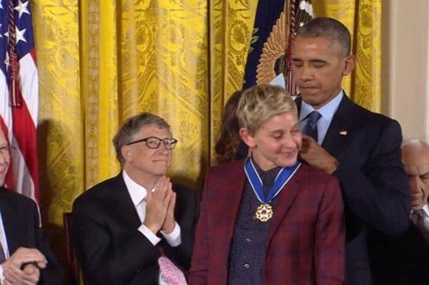 2283214 - اهدای بالاترین مدال افتخار آمریکا به چهرههای برجسته این کشور توسط اوباما