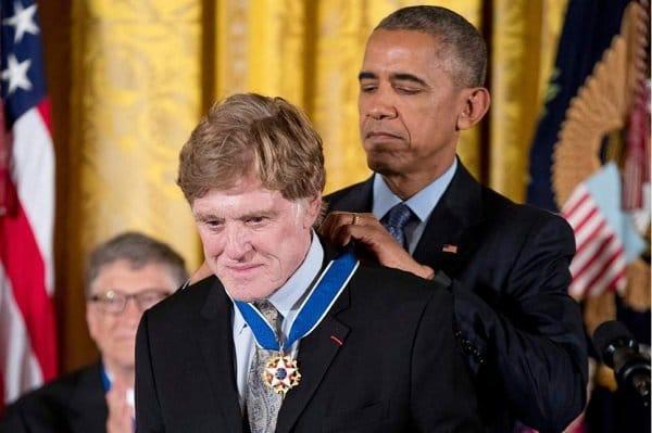 2283215 - اهدای بالاترین مدال افتخار آمریکا به چهرههای برجسته این کشور توسط اوباما
