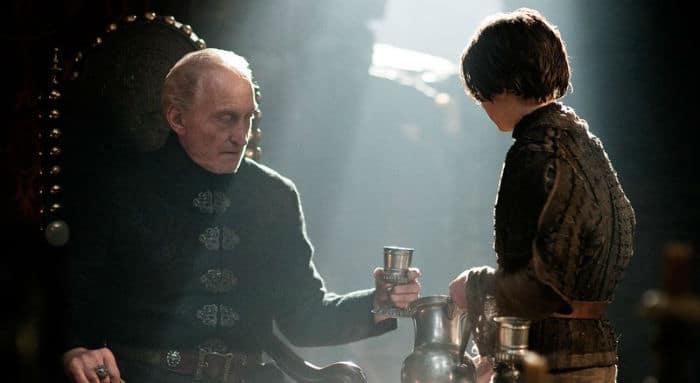 tywin lannister w700 - نکاتی درباره فهرست مرگ کاراکتر آریا استارک در «بازی تاج و تخت»