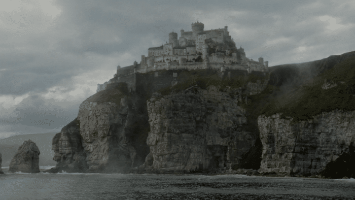 http://cinemodern.ir/wp-content/uploads/2017/08/Casterly-rock-w700.png