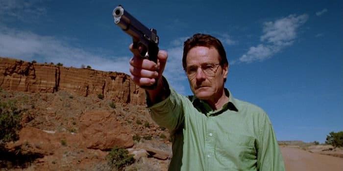 Bryan Cranston in the Breaking Bad pilot w700 - ۱۵ واقعیت جالبی که در مورد شخصیت «والتر وایت» در سریال «بریکینگ بد» نمی دانستید