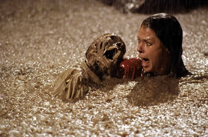 https://cinemodern.ir/wp-content/uploads/2017/10/still-of-jobeth-williams-in-poltergeist-1982-large-picture-w700.jpg