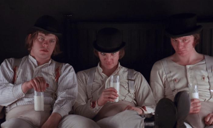 A Clockwork Orange w700 - فیلمهایی که تماشاگران را از سالن سینما فراری دادند