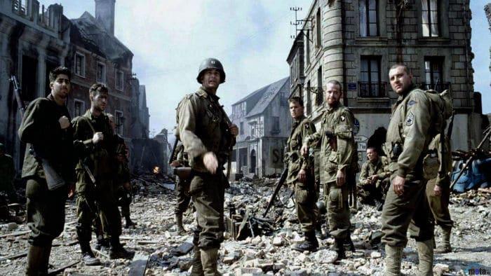 Saving Private Ryan 8 w700 - فیلمهایی که در عین ناباوری موفق به کسب جایزه اسکار بهترین فیلم نشدند (بخش دوم)