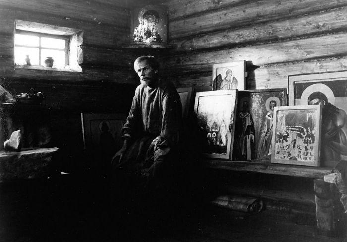 Andrei Rublev 1 w700 - 15 فیلم حماسی برتر و دیدنی تاریخ سینما که باید حتماً ببینید (قسمت اول)