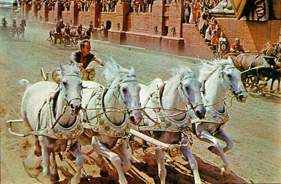 Ben Hur w700 - 15 فیلم حماسی برتر و دیدنی تاریخ سینما که باید حتماً ببینید (قسمت اول)