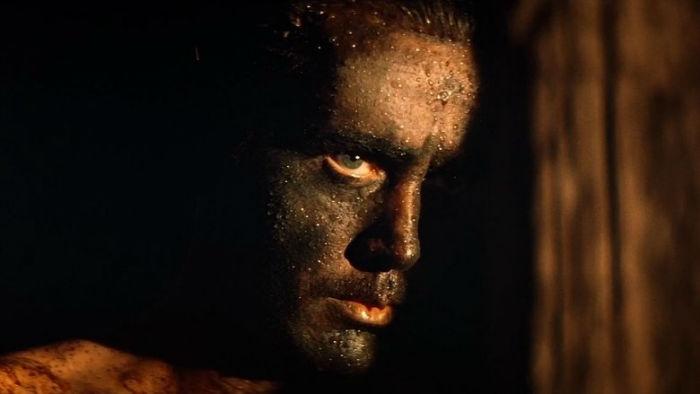 intro 1507899136 w700 - 15 فیلم حماسی برتر و دیدنی تاریخ سینما که باید حتماً ببینید (قسمت دوم)