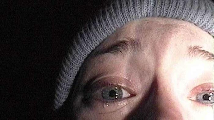 blair large w700 - 15 فیلم پرحادثه و دیدنی که غم انگیزترین و مرگبارترین پایان بندی ها را دارند (قسمت دوم)