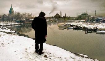 2019 06 14 19 03 59 RadikalMag 340x200 - نقد فیلم Distant اثر نوری بیلگه جیلان