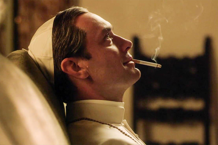 a5e6c41b dc80 451d 9fc2 4b50bffa62f3 - نقد سریال The Young Pope (پاپ جوان)