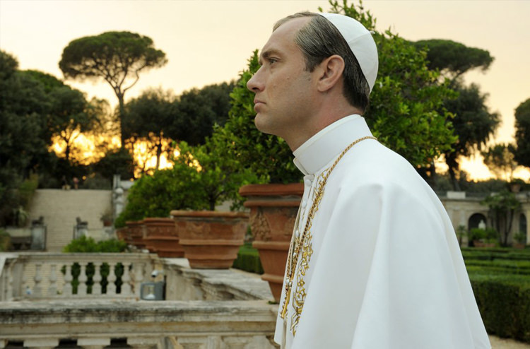 aecb1ae0 c1e0 4164 b3f4 cd87e0c51ebe - نقد سریال The Young Pope (پاپ جوان)