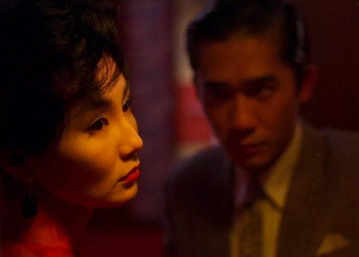 1 in the mood 700x500 - بهترین فیلم های عاشقانه تاریخ سینما | 50 فیلم برتر