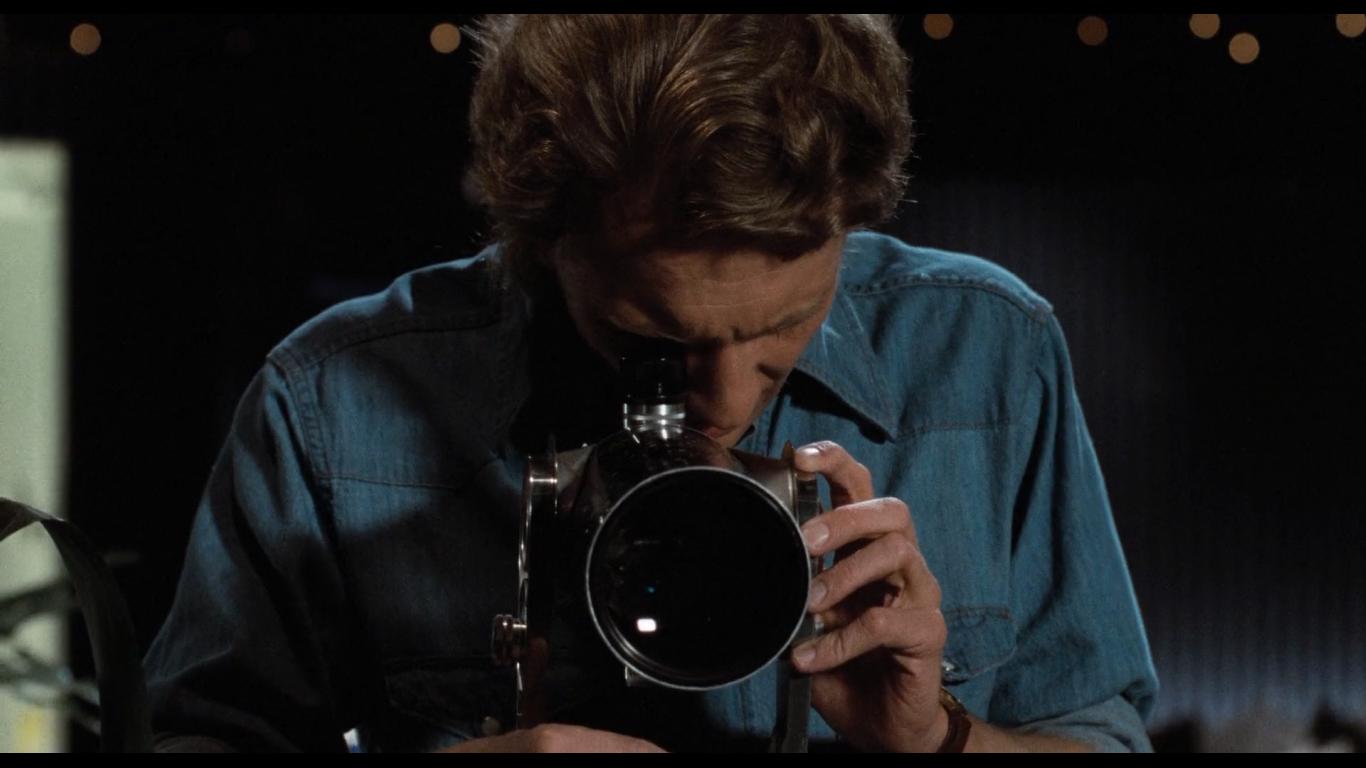 2 - بررسی سبک سینمایی برایان دی پالما: چشم چرانی به وقت قتل