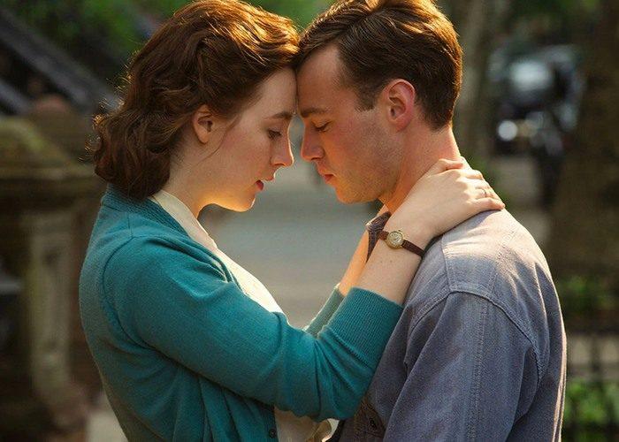 27 brooklyn 700x500 - بهترین فیلم های عاشقانه تاریخ سینما | 50 فیلم برتر