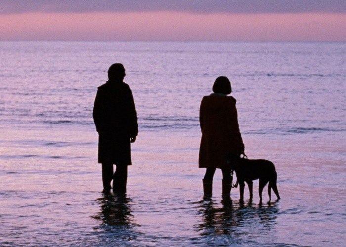 32 submarine 700x500 - بهترین فیلم های عاشقانه تاریخ سینما | 50 فیلم برتر
