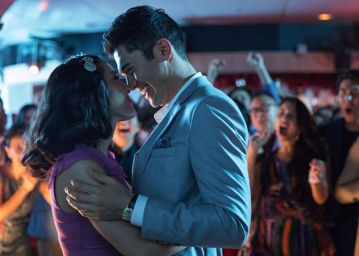 39 crazy rich asians 700x500 - بهترین فیلم های عاشقانه تاریخ سینما | 50 فیلم برتر