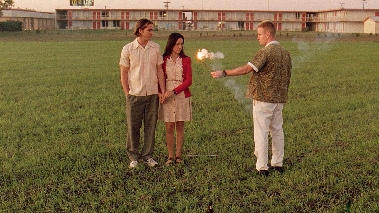 Bottle Rocket 1996YRTYRT - 10 فیلم جنایی با بن مایه های کمدی سیاه برای دوستداران سریال بریکینگ بد