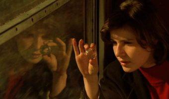GAL 1 340x200 - نقد فیلم The Double Life of Veronique (زندگی دوگانه ورونیکا)