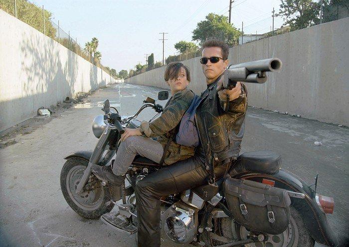 TERMINATOR 27980897 - 5 فیلم برتر ژانر اکشن تعقیب و گریز با خودرو