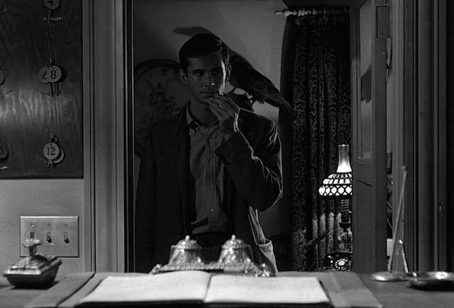 best horror movies ever 45 - بهترین فیلم های ترسناک تاریخ سینما