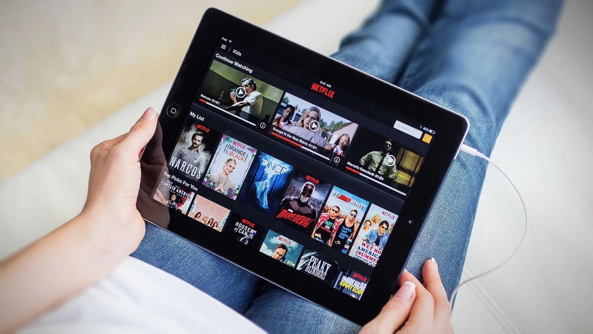 netflixoverload - اتحادیه اروپا از نت فلیکس خواست برای حفظ ثبات اینترنت تماشای آنلاین را محدود کند