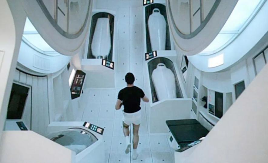 2001 A Space Odyssey 2 - نقد فیلم 2001: A Space Odyssey (2001: ادیسه فضایی) استنلی کوبریک