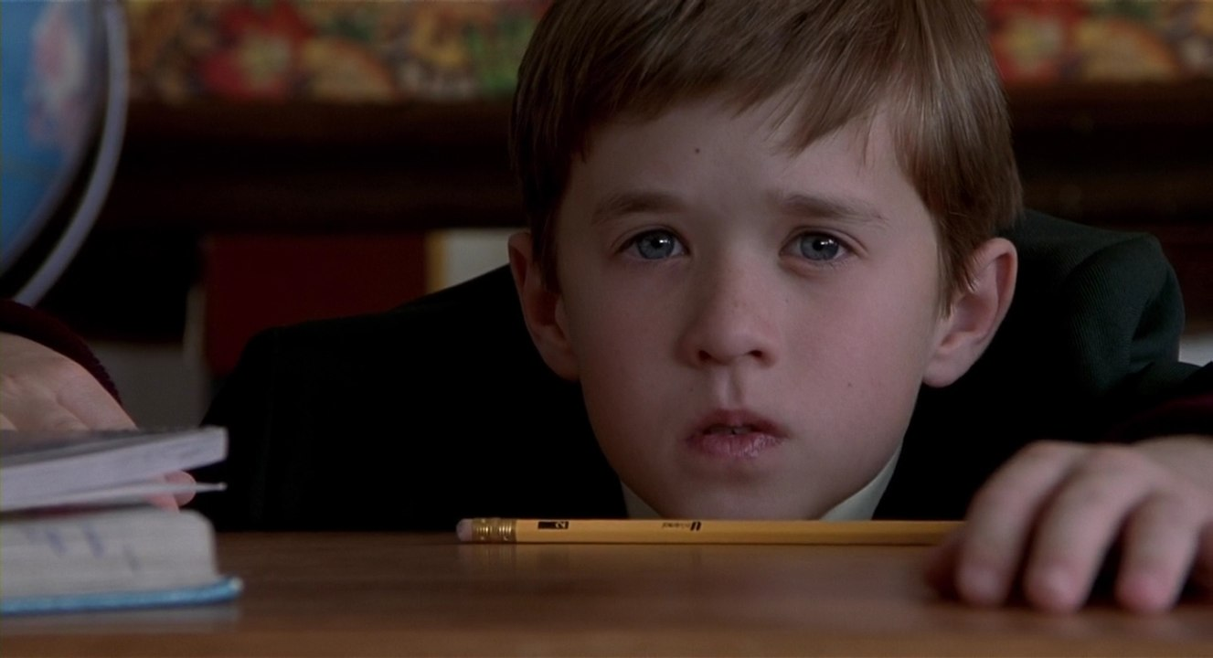 The Sixth Sense 2 1 - نقد فیلم The Sixth Sense (حس ششم)