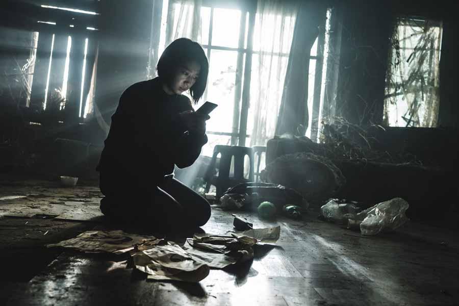 The Call 2 - نقد فیلم The Call (تماس) محصول 2020 کره جنوبی