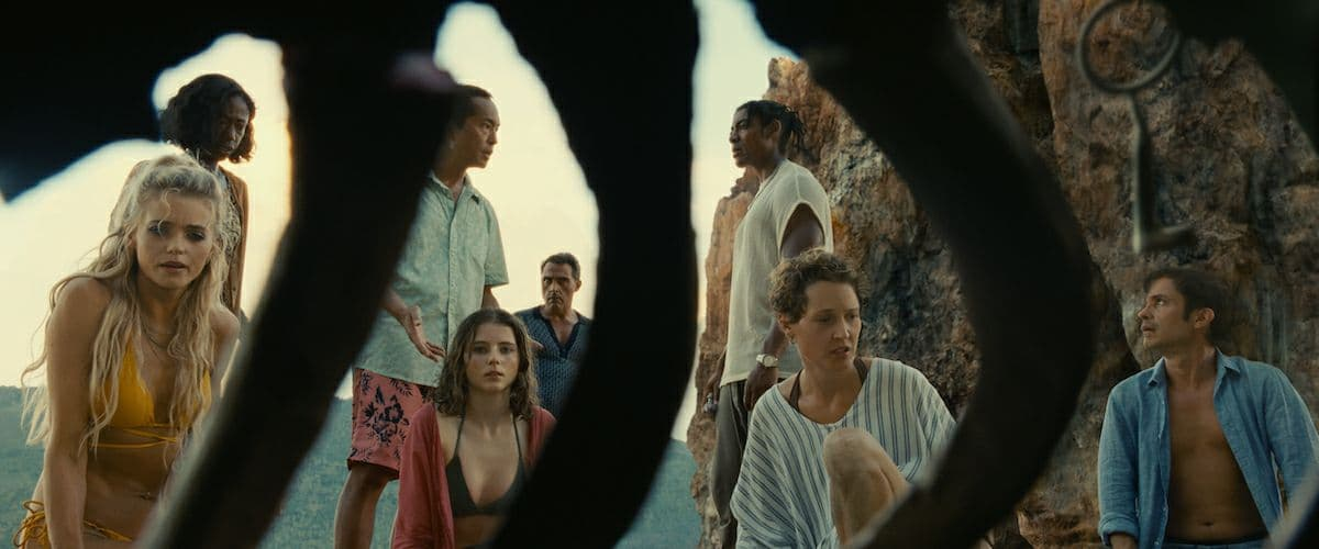 old 2021 3 - نقد فیلم Old (پیر) محصول 2021